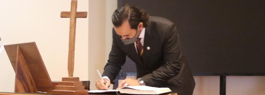 Prestó juramento nuevo defensor auxiliar del MPD